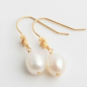NEW 14K Gold Tory Burch Freshwater Pearl Earrings